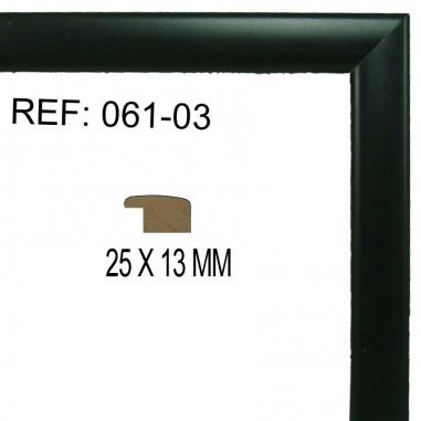 Moldura Negra 25x13 mm