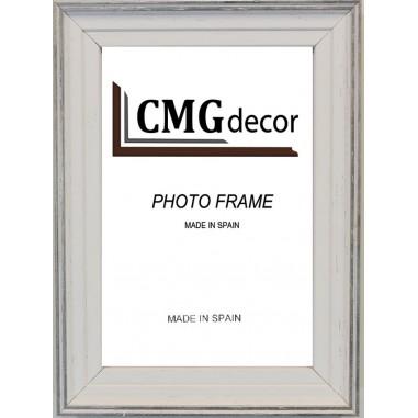 CMGdecor White and Silver photo frame...