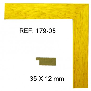 Yellow moulding 35x13 mm