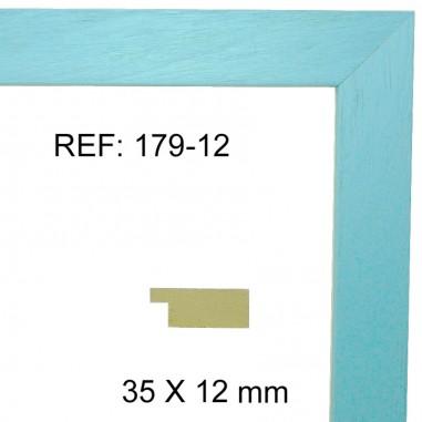 Light blue moulding 35x13 mm