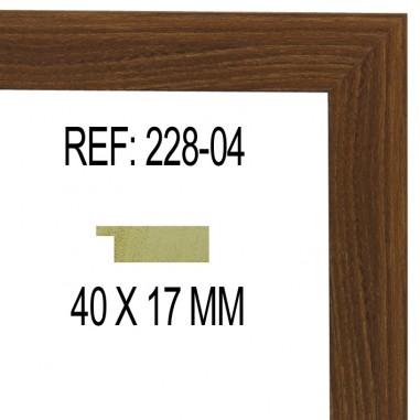 Moldura Nogal claro 40x17 mm